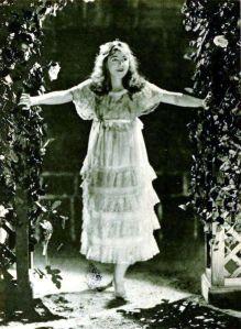Dorothy_Gish_-_Jun_1920_MP