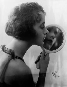 Constance_Talmadge_by_Lumiere,_1921