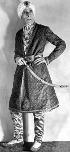 George_Arliss_in_sultan_costume