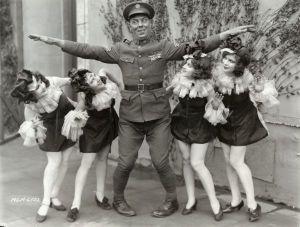 Karl_Dane_chorus_girls_1927