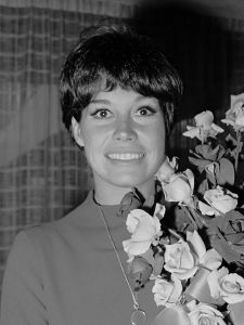 Mary_Tyler_Moore_(1967)