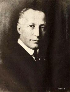 Adolph_Zukor_-_Dec_1922_ETR