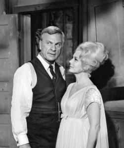 Eddie_Albert_and_Eva_Gabor_Green_Acres_1965