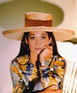 Nancy_Kwan_in_Lt._Robin_Crusoe,_U.S.N.
