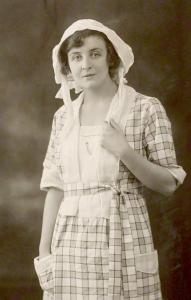 Doris_Lloyd_1921