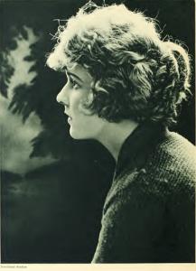 Wanda_Hawley_Photoplay_1918