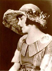 Ruth_Roland_-_Sep_1921_Photoplay