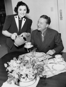 Charles_Correll_and_wife_Alyce_1937